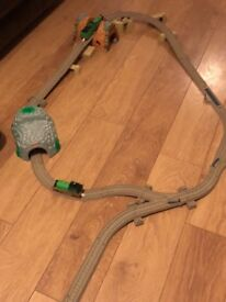 Thomas The Tank Large Trackmaster set and Ttains