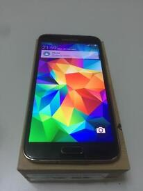Samsung galaxy s5 black and gold available unlocked excellent condition