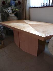 Coffee table in veneer finish