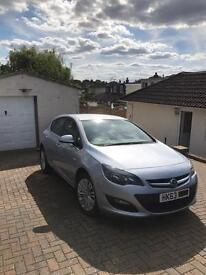 Vauxhall Astra 63 plate ( 2014 )