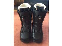 Ladies K2 Veil Snowboard boots uk 6