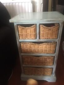 Shabby chic drawers with Wicker baskets