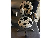 SPINALIS ERGONOMIC BASIC MODEL ANIMAL PRINT SWIVEL CHAIR ON WHEELS - NEW CONDITION