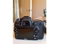 Nikon D D7100 24.1MP Digital SLR Camera - Black (Body only) Charger, batteries only 3900 actuations