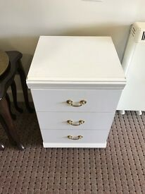 White Side Drawers