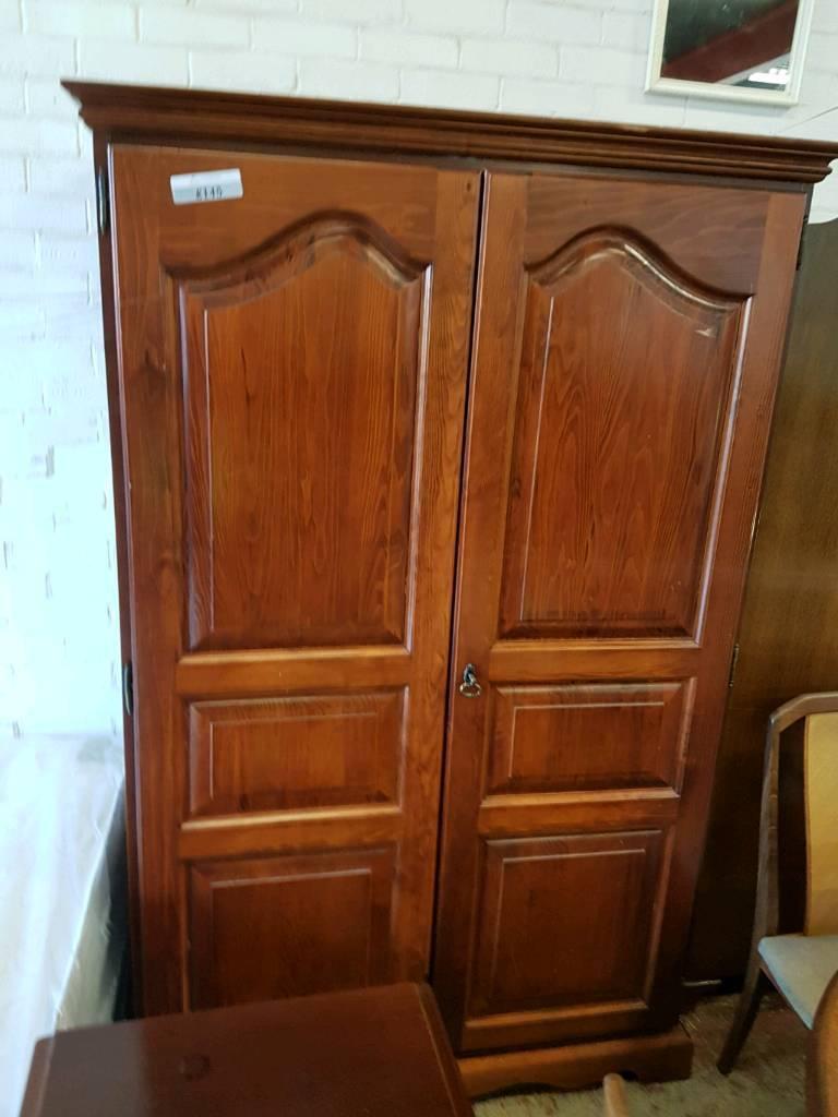 Large pine bedroom suite (wardrobe/dressing table/drawers/bedside cabinet)