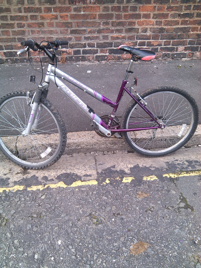 26 Inch ladies bike for salein Liverpool City Centre, MerseysideGumtree - 26 Inch ladies bike for sale , everything work perfectly , Liverpool city center