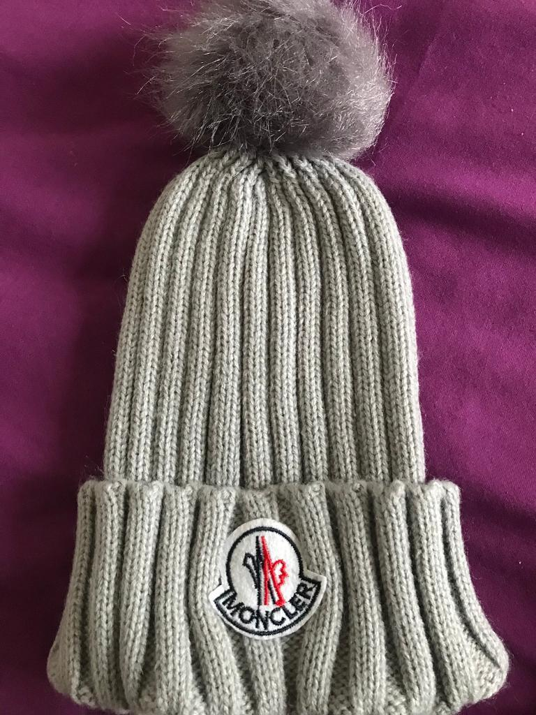 Moncler grey p Pom beanie hat