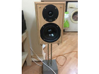 Eltax Monitor 3 speakers floor standing with stands like new!mega sound&power