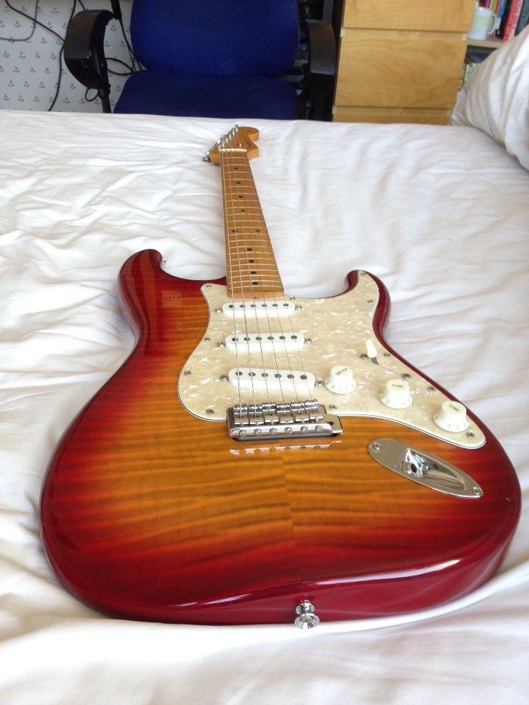 Fender Foto Flame Stratocaster MIJ