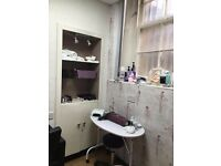 beauty room to let