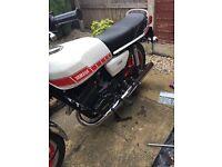 Yamaha rd 250 classic bike