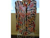 Zara basic stripped shirt with flowers, size small