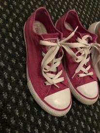Used girls shoes sizes 1-2
