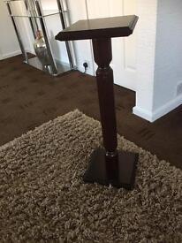 Superb tall pedestal table
