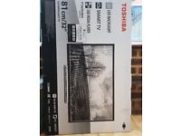 Brand new boxed Toshiba Smart TV 32inch