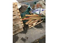 Pallets and various bits of wood free to uplift