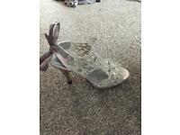Ladies crochet silver sandals size 6