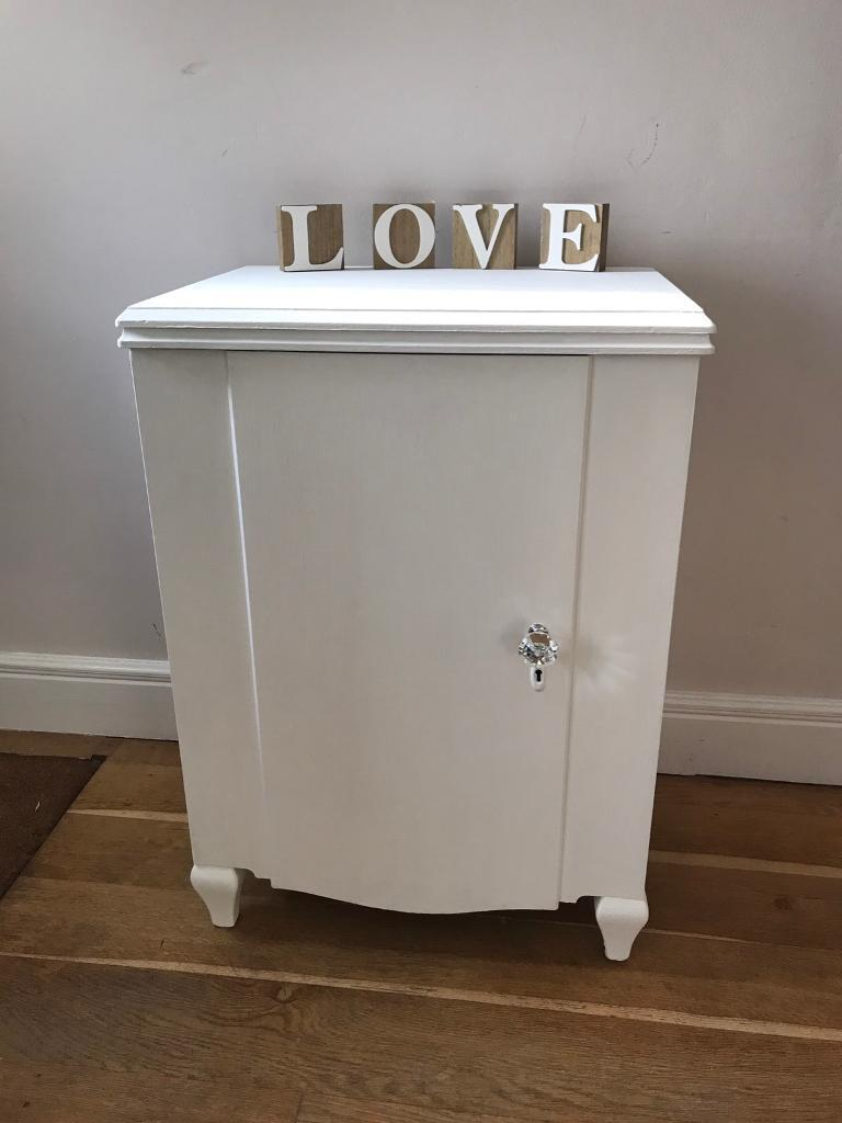 Decorative solid cabinet