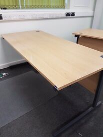 Large straight office desks in a Oak effect 1800mm, really good quality