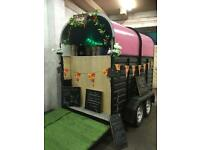 Catering trailer/horse trailer conversion/gin bar/coffee/prosseco/pub