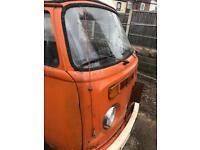 Volkswagen T2 bay window camper 1978
