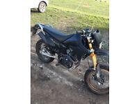 125cc road legal motorbike