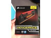 Coursair Vengeance Pro Series 16 GB 2400 Mhz