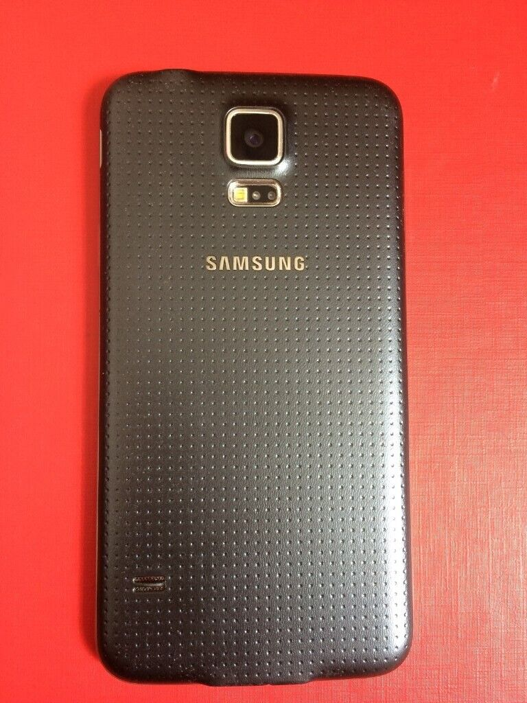 Samsung Galaxy S5 **UNLOCKED** (16GB) in Perfect Working Order   in  Southampton, Hampshire   Gumtree