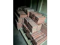 Reclaimed roofing tiles interlocking. With ridges! Cheap!!!