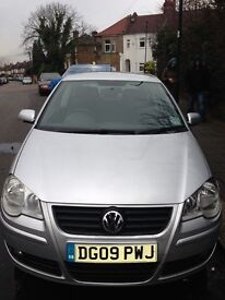Volkswagen Polo 1.2 Maual, year 2009, Silver for Quick sale