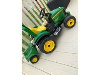 John Deere 6 v ride on tractor