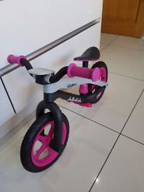 Girl's Balance Bike - Pink Chillafish