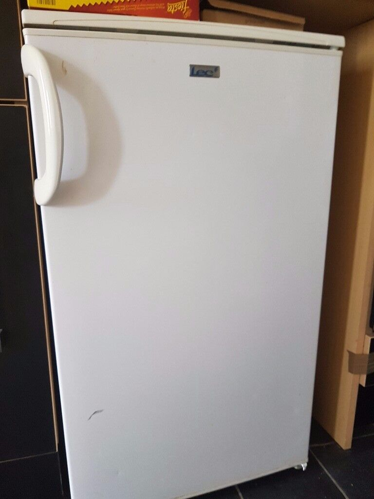 Small fridge £50 quid collection only