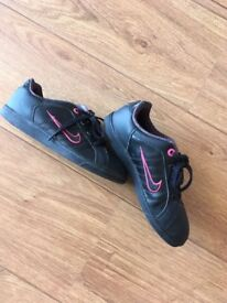 Girls Nike Trainers Size 13