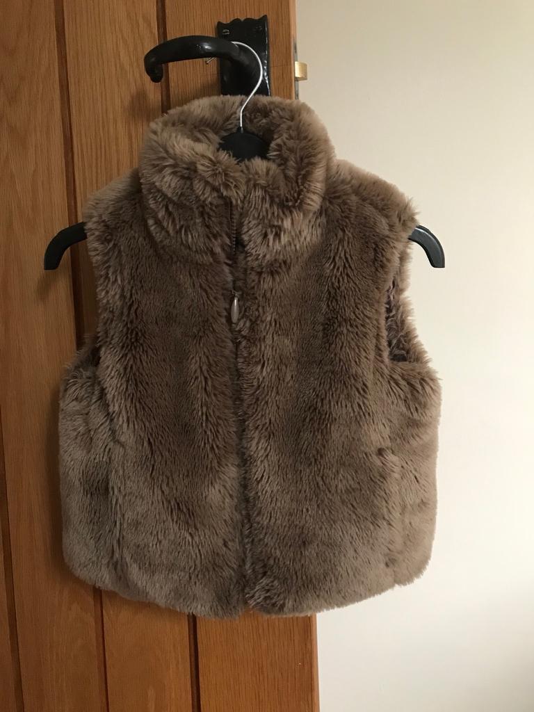 Girls gillet/ body warmer fur brown age 4