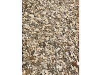 20mm cotters gold driveway/garden chips