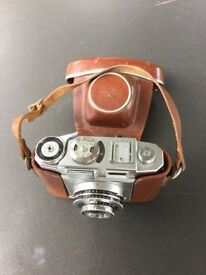 Vintage Zeiss Ikon Contina Camera, with light meter, in original leather case