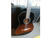 Classical Guitar - Yamaha C40 Black (with case)