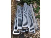 Drainage channel for driveways