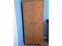 Wardrobe pine effect, excellent condition
