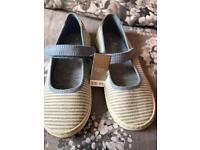 Mary Janes canvas shoes