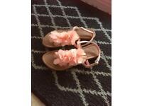 Girls sandals size 4
