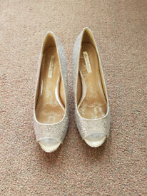 Silver Sparkly Size 6 Heels