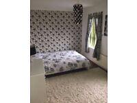 Double and single room to rent Leegomery