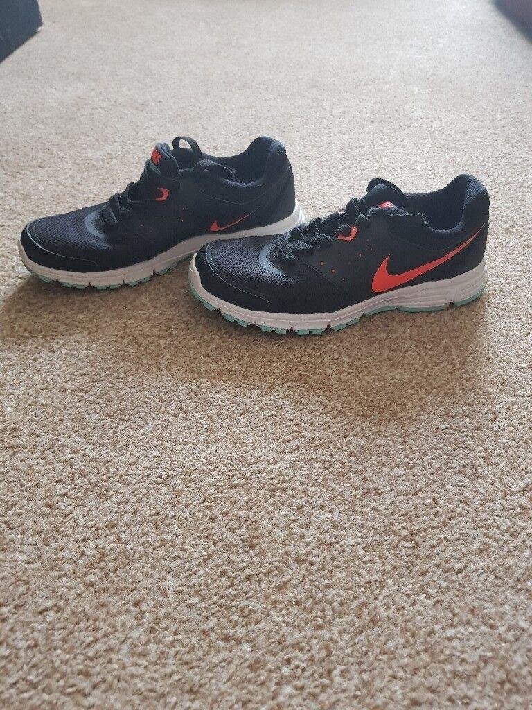 Ladies size 4 nike running shoes