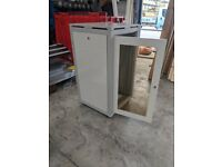 Server Rack Cabinet - Free Standing on Casters