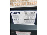 Titan 1000ltr bunded oil tank perfect condition
