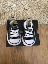 Baby converse infant size 2
