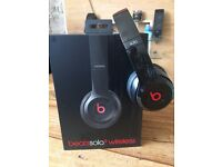 *MINT CONDITION* Wireless & Wired Beats Headphones